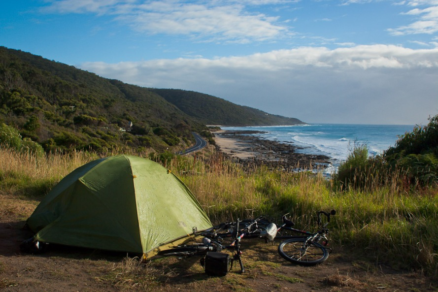 Free camp on the Great Ocean Road   World Cycling Tour
